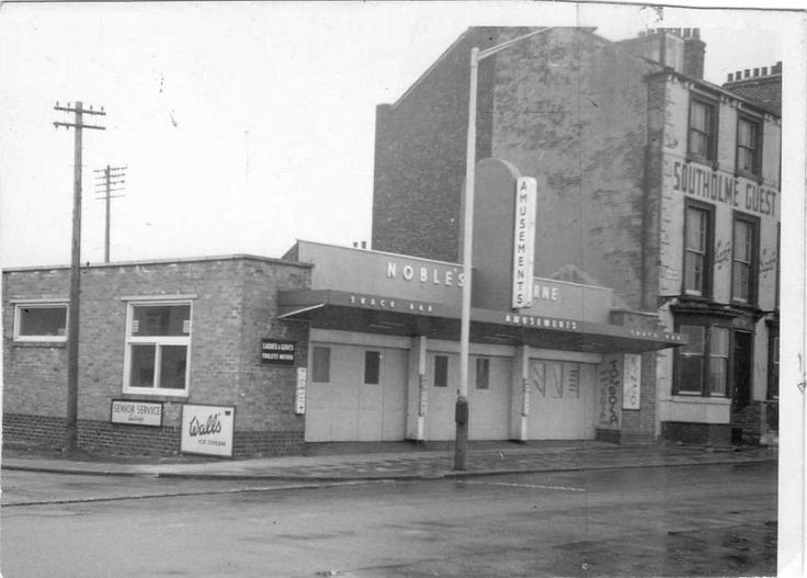 424 best old pictures of hartlepool images on pinterest for Best bathrooms hartlepool