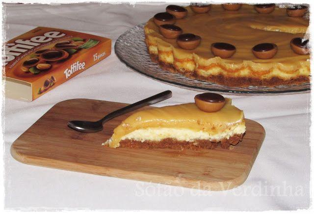 Sótão da Verdinha: Cheesecake de Caramelo Salgado e Toffifee