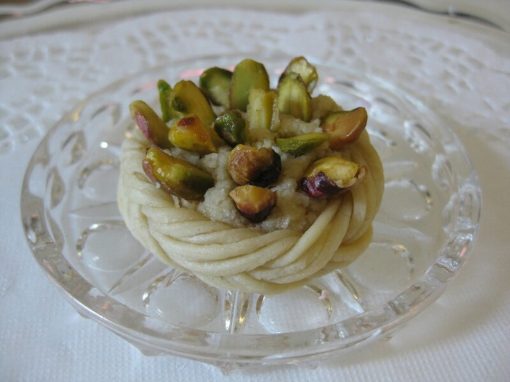 Tresse aux pistaches et a la fleur d'oranger