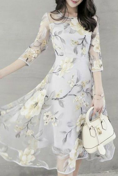 I like this dress, but kinda wish the print was cherry blossom