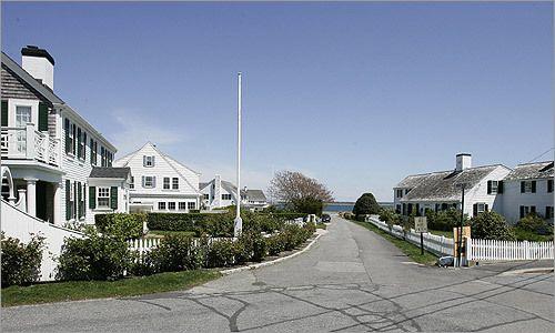 Kennedy Home Hyannis Port Google Search Hyannis Port