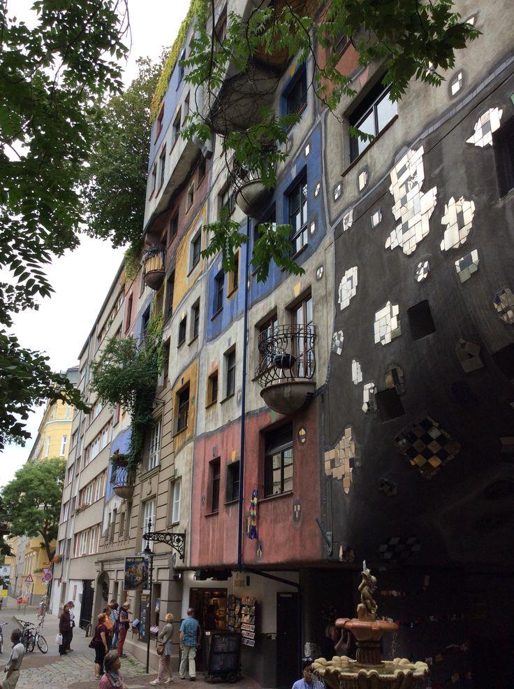 Вена, Дом Хундертвассера