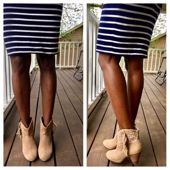 Jessica Simpson Shoes - Jessica Simpson tan boots
