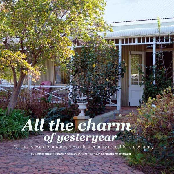 HOME /TUIS Magazine Oct 2015 features a Cullinan weekend house decorated by JanHarmsgat & Rust in White.