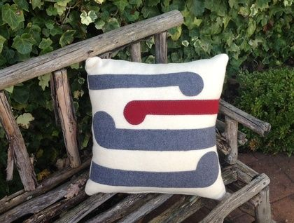 100 % WOOL CUSHION | Felt