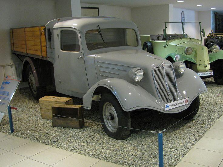 Tatra 43 - Tatra (entreprise)