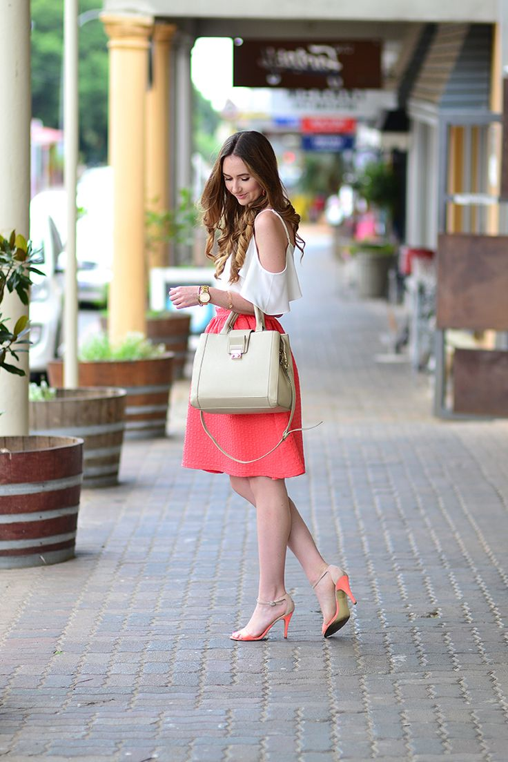 Cold-Shoulder top and Midi skirt - Arum Lilea
