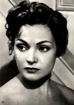 Carmen Sevilla: Los 12 beauty shots con los que desearás ser ella