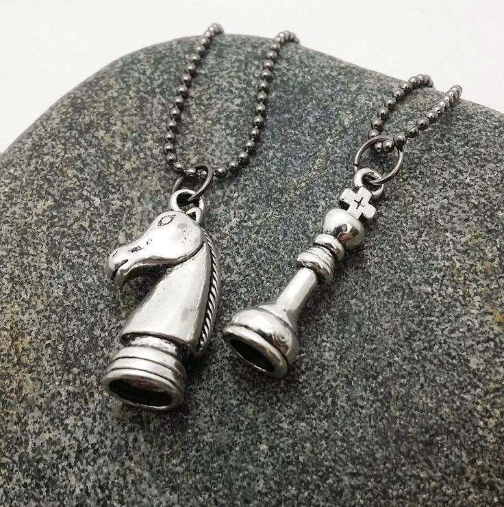 Queen and Knight necklaces - girlfriend boyfriend - friendship necklaces - chess piece necklace - Queen pendant - Knight pendant - set of 2 by thewingedscarab on Etsy