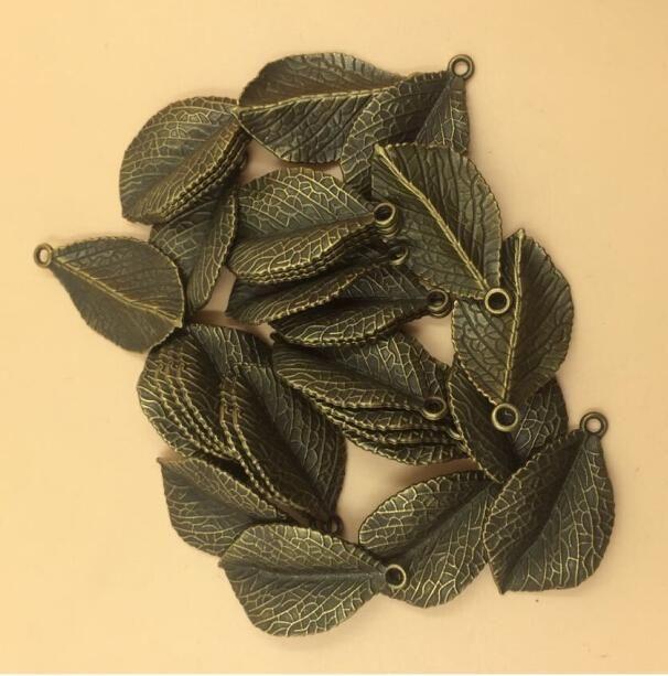 Античная бронзовая покрытием очарование Кулон листьев для DIY делая 36x20mm 30шт за лот (T506) 2015 Новый Бесплатная доставка