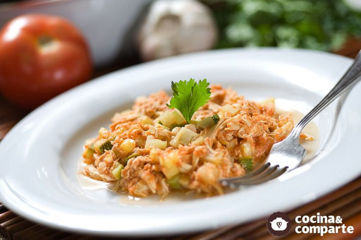 Guiso de pollo deshebrado | Cocina y Comparte | Recetas