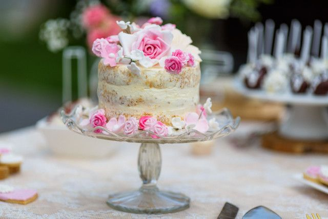 Credit: Nicole Bosch Fotografie - geen persoon, taart, crème, nagerecht, viering, tafelsuiker, chocolade, feest, heerlijk, snoepgoed, ornament, tabel (meubels), eten, bloem (plant)