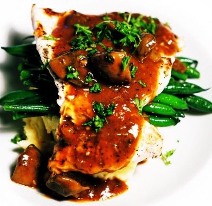 Chilli Chicken Grilled Cheese, Tomato Basil Bisque, Hunter Chicken, & Turtle Cheesecake –  Feature Menu Oct 10 – 16, 2016 - HUNTER CHICKEN Pan seared chicken breast served with oven roasted green beans and fluffy mashed potatoes, smothered in a house made Dijon mushroom gravy