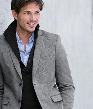 スペイン人モデル・アンドレ・ベレンコソ。人気男性モデルの参考に