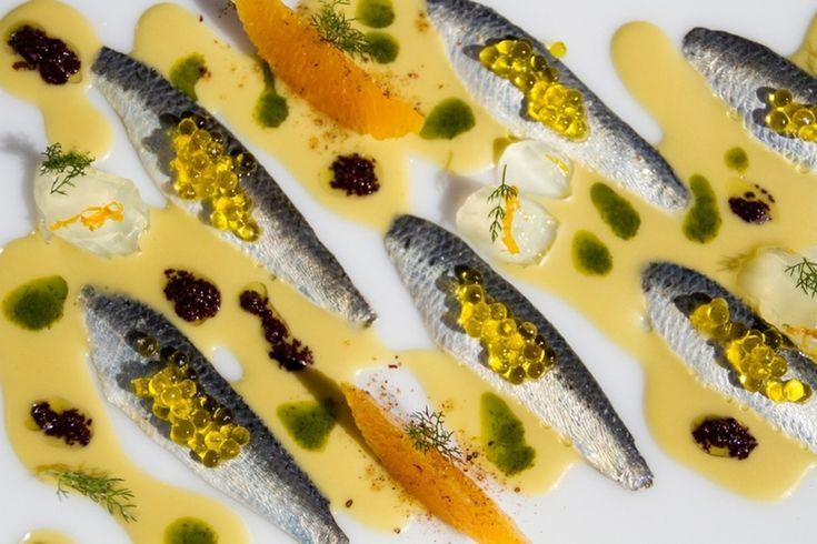 Sardinas marinadas, aceituna y naranja del Restaurant Compartir  | Gastronomía & Cía