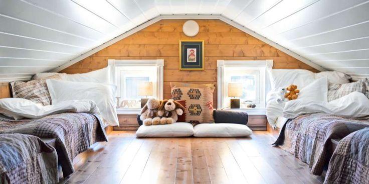 MYE LYS: En hems kan fort bli mørk. Det unngår du med to vinduer i stedet for ett, og lyse, blanke overflater. FOTO: Per Erik Jæger