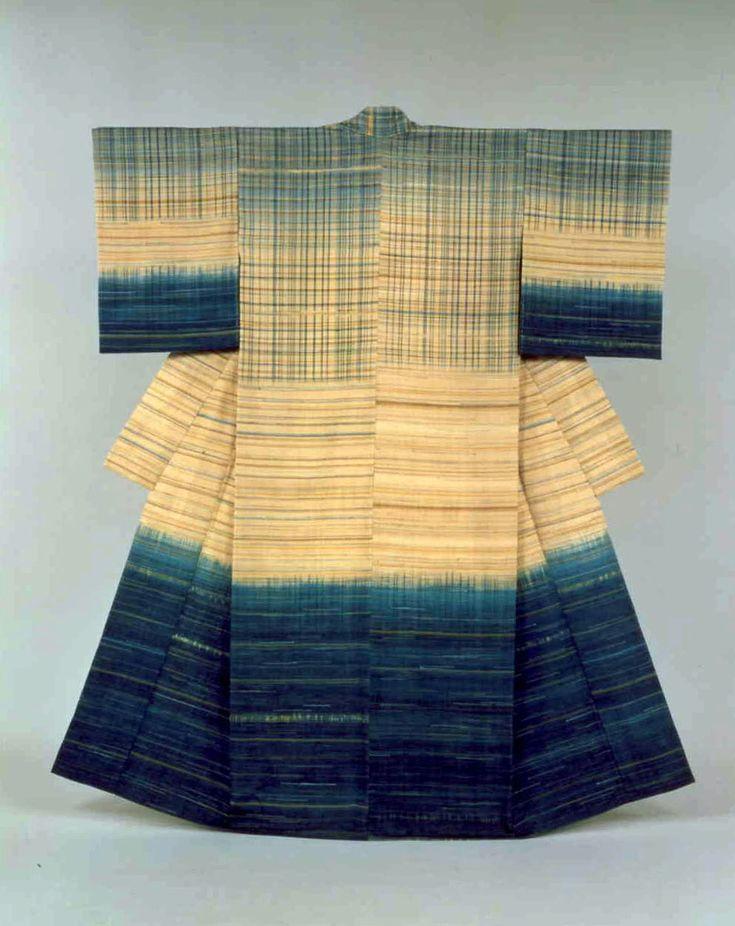 Fukumi Shimura's 'Suimon' (1994)   THE MUSEUM OF MODERN ART, SHIGA
