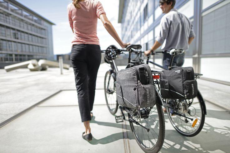 """Alforja para #bicicleta Racktime Work-it Classic.   Permite llevar un notebook de hasta 15,6"""". Integra el prestigioso sistema QL2 para anclarlo fácilmente a la parrilla con total seguridad."""