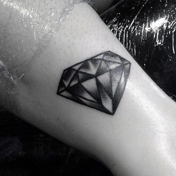 50 Traditional Diamond Tattoo Designs For Men Jewel Ink Ideas Diamond Tattoo Designs Traditional Diamond Tattoo Tattoos For Guys