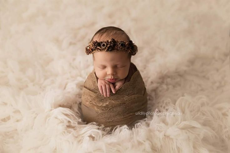 The australian dried flowers on these newborn halos have been hand weaved on creating a perfect prop these australian flower and gumnut crowns are natural