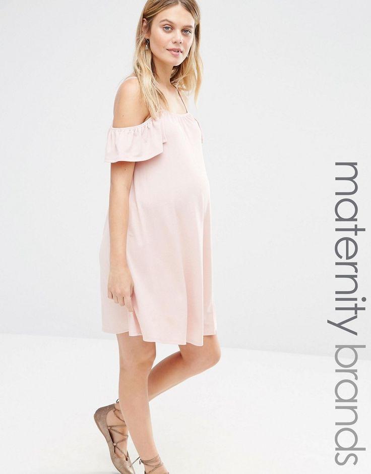 Imagen 1 de Vestido con vuelo y hombros descubiertos de Bluebelle Maternity