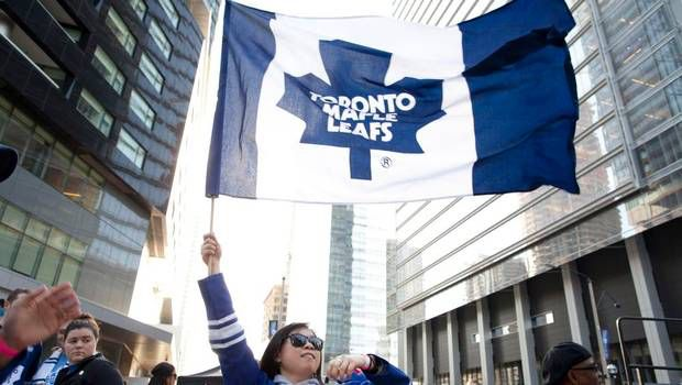 Image from http://static.theglobeandmail.ca/0df/news/toronto/article11671974.ece/ALTERNATES/w620/nw-leafs-fans7-0501.JPG.