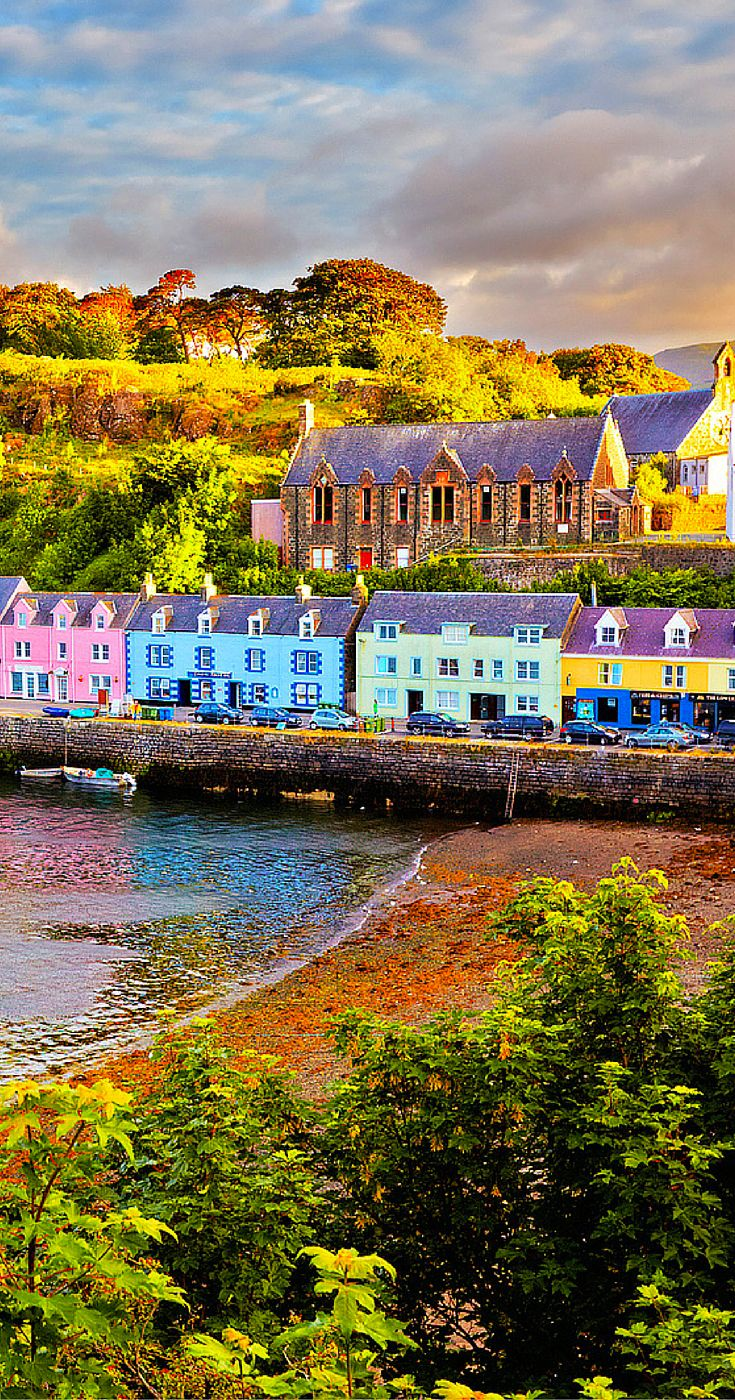 Portree is the largest town on Skye in the Inner Hebrides of Scotland.  It is amazing!  Click through to see more incredible photos of Scotland!