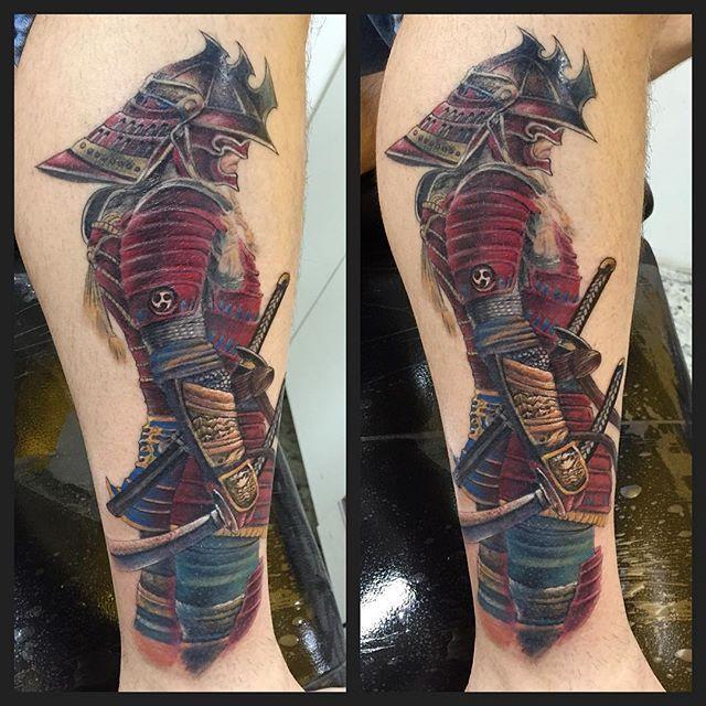 #soulesstattoo #wardemhugo #tattoo #tattoos #Zeichnung #RealistischeTattoo #tattoomannheim  #tattoofrankfurt #tattoorealism #tattoo3d #bunteTätowierung #Tätowierung #Kunst  #illustration  #picture #artist  #bestenTattoo  #SchwarzWeißTattoo  #TattooFrau #tattooart #tattooguys #tattoogierls  #tattooconvention  #tattoomesse #messeereignis #messefrankfurt  #samurai #samuraitattoo