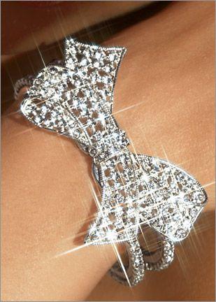 Rhinestone Bow Bracelet