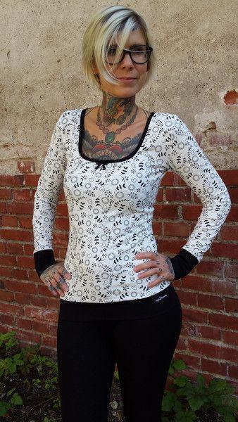 "T-Shirts mit Print - Suzi.Ramone Langarm-Shirt ""Sophia"" Floral - ein Designerstück von ByRamone bei DaWanda"
