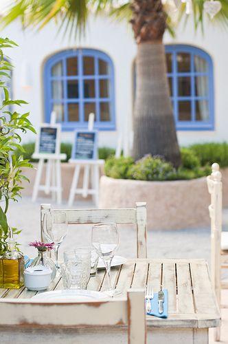Cicale, Ibiza restaurant serving Italian cuisine. Photography by Sofía Gómez Fonzo