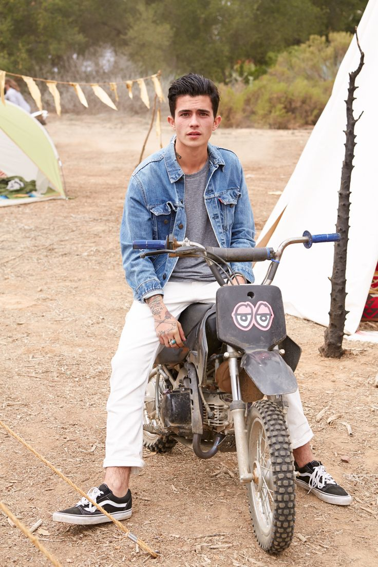 He's killing me | Urban outfitters model