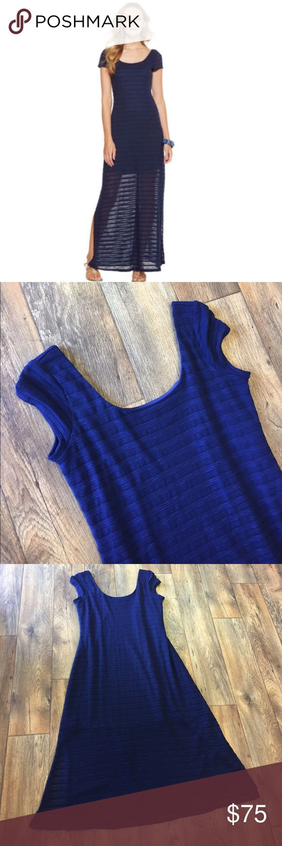 Lilly Pulitzer Ramsay Navy Stripe Dress Super cute dress! Slip lining with side slits. So gorgeous when worn!! Also have this dress in pink for sale! Lilly Pulitzer Dresses Maxi