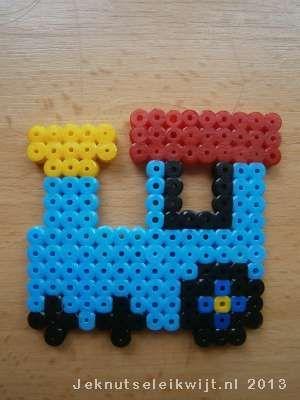 Train perler beads by Je Knutsel Ei Kwijt