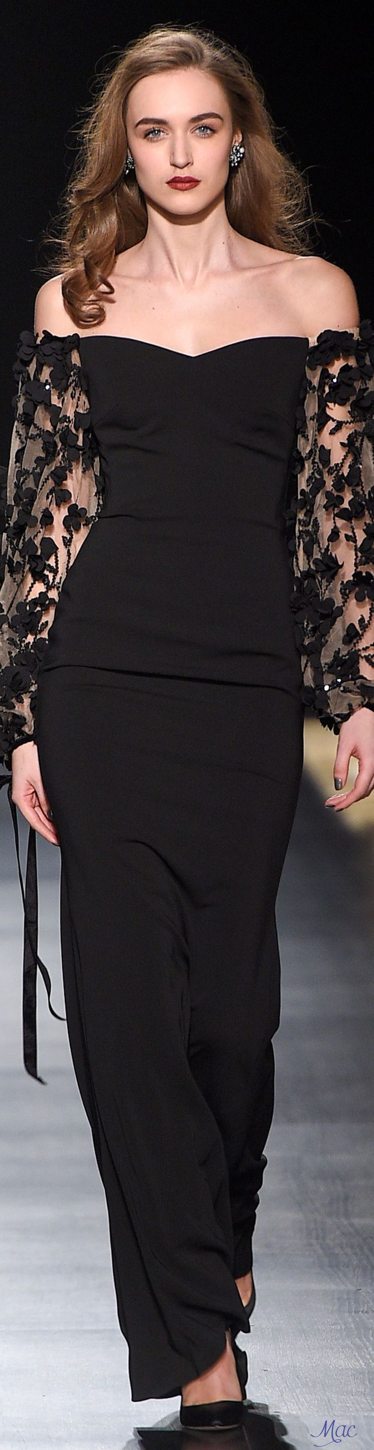 Fall 2017 Badgley Mischka.