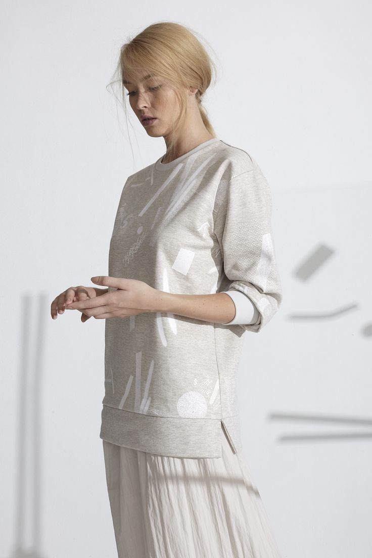 Floppy sweater #thefour #print #sweater photo: balazs mate