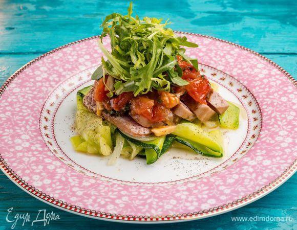 Готовим аппетитное филе тунца на овощной подушке!