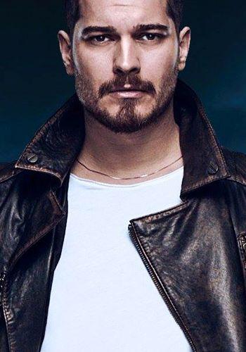 موقع قصة عشق مسلسلات تركية Cagatay Ulusoy Beard Styles Face