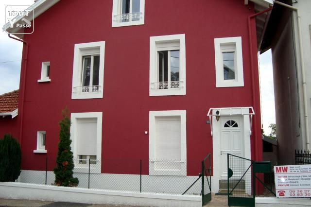 25 best ideas about peinture fa ade on pinterest for Facade couleur taupe