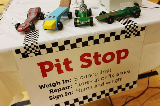 Pinewood Derby! by verymom, via Flickr  Great ideas, printables that can be applied to a powder puff derby