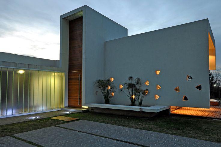 Vanguarda Arquitectos - Casa estilo racionalista - Portal de Arquitectos