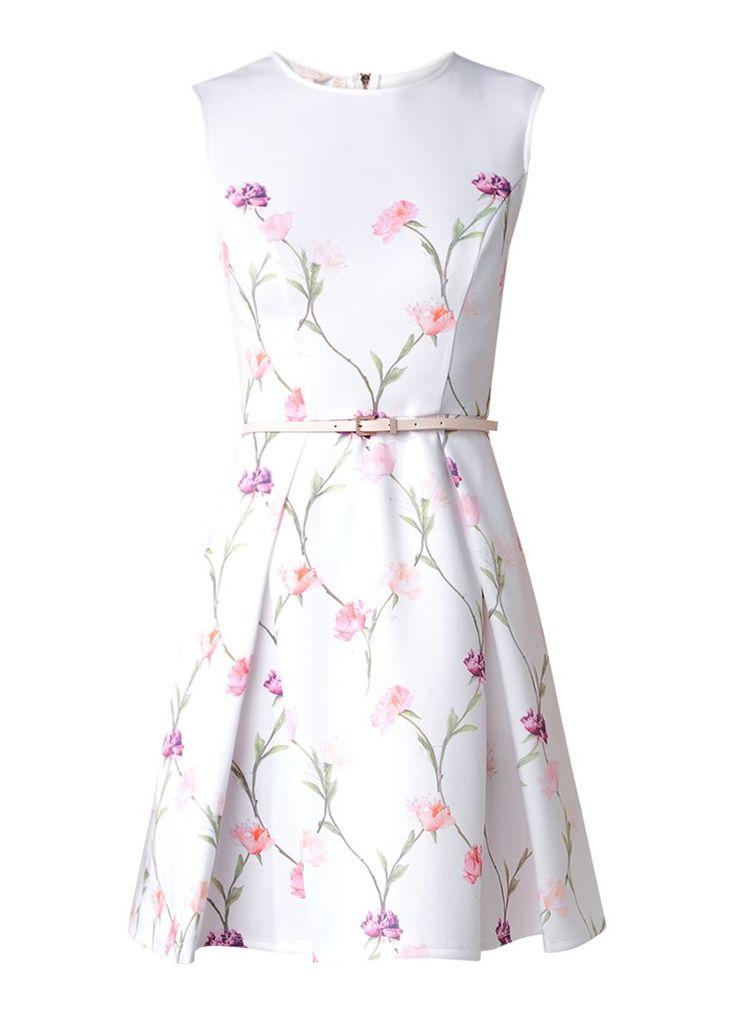 Op zoek naar Ted Baker Ahlanna A-lijn jurk met zakken ? Ma t/m za voor 22.00 uur besteld, morgen in huis door PostNL.Gratis retourneren.