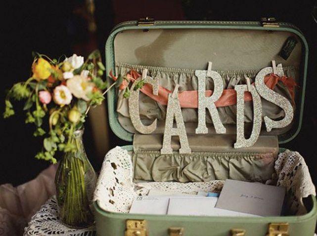 Valisette retro urne mariage