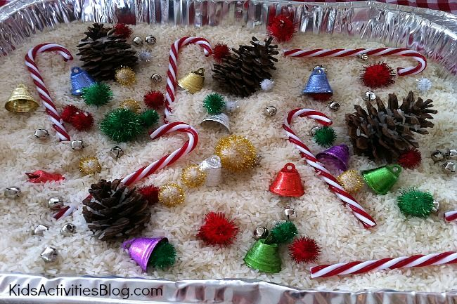 Preschool Christmas Activities {Festive Sensory Tub} for Kids - Kids Activities Blog @Carrie Lindsey Biondi