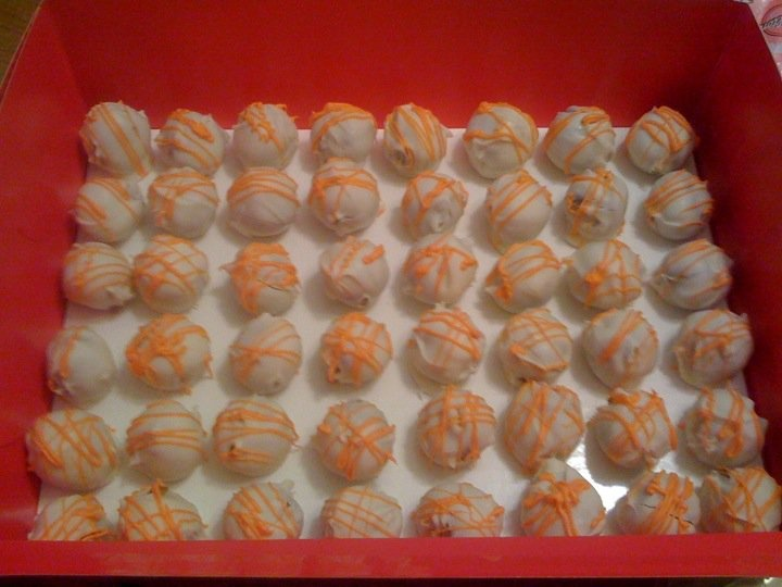 Carrot Cake Balls | Cake Pop Creations | Pinterest