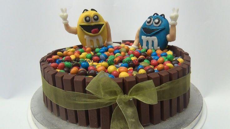 #Torta Kit Kat e M&M - #Video #Ricetta http://www.ricette.pw/torta-kit-kat-mm-video-ricetta/