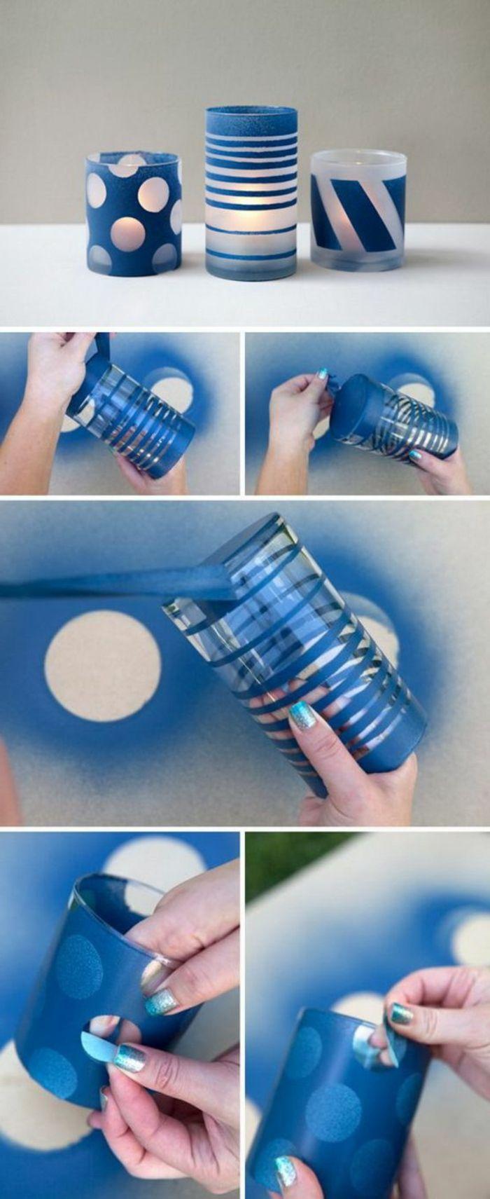 gläser mit blauem spray besprühen. teelicht