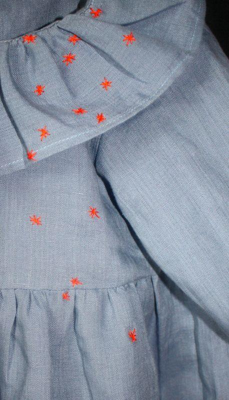 constellation d'étoiles orange fluo