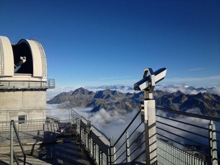 Un enchantement pour les yeux.  Là haut...Respirez! Pic du Midi de Bigorre à Bagnères-de-Bigorre, Midi-Pyrénées