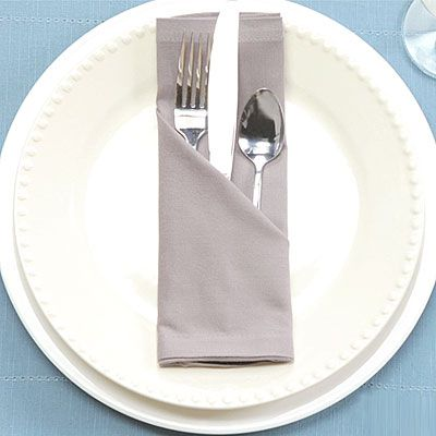 Best 25 Easy napkin folding ideas on Pinterest Napkin rings